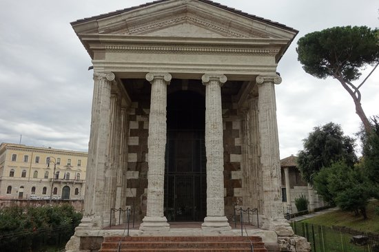Temple of Portunus - Picture of Tempio di Portuno, Rome ...