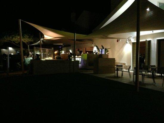 Moon Restaurante & Cocktail Lounge: Terrace