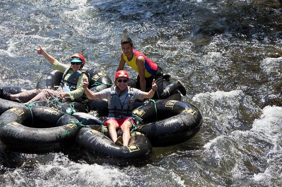 "El Monte Sustainable Lodge: Our ""raft"" trip"
