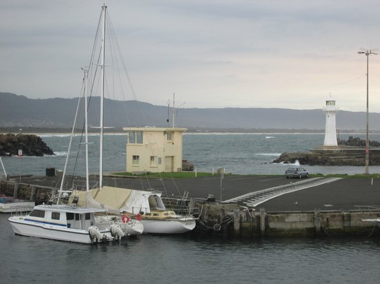 Harbourfront Restaurant: Wollongong Fishing Harbour