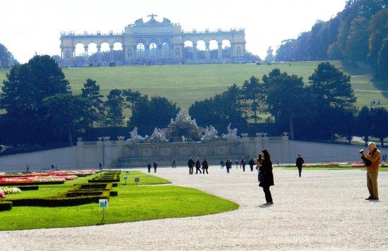 Schonbrunner Gardens : The Gloriette