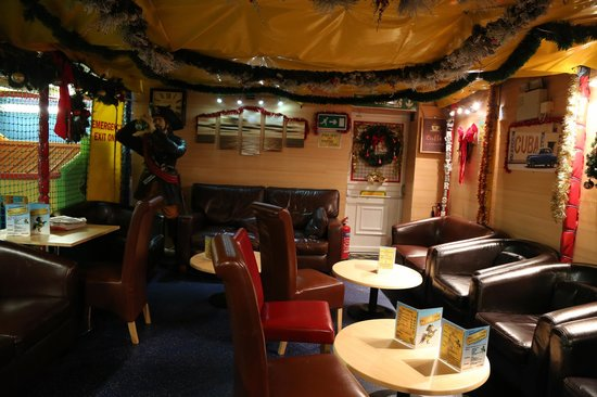 Pirates Cove: Comfy seating area for the adults