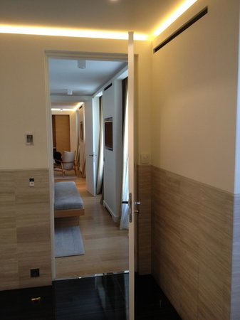 Hotel Marignan Champs-Elysées : view from bathroom , through bedroom to living room