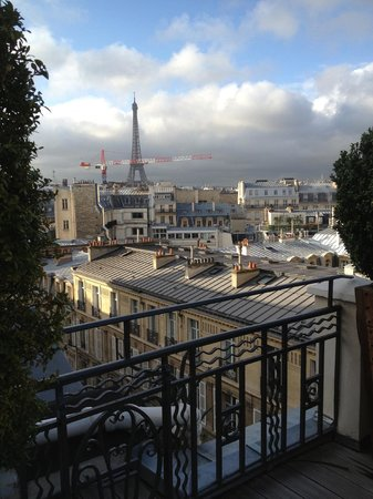 Hotel Marignan Champs-Elysées : view from terrace of suite