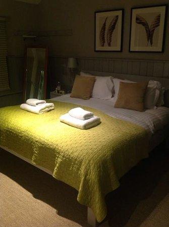 The Lawrance York: bedroom