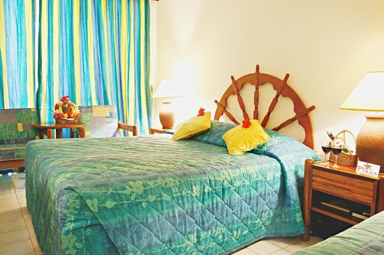 The Plaza Beach Hotel: Spacious rooms