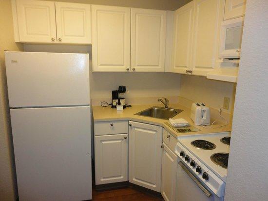 Extended Stay America - Orlando - Convention Ctr - 6443 Westwood: Cozinha do quarto