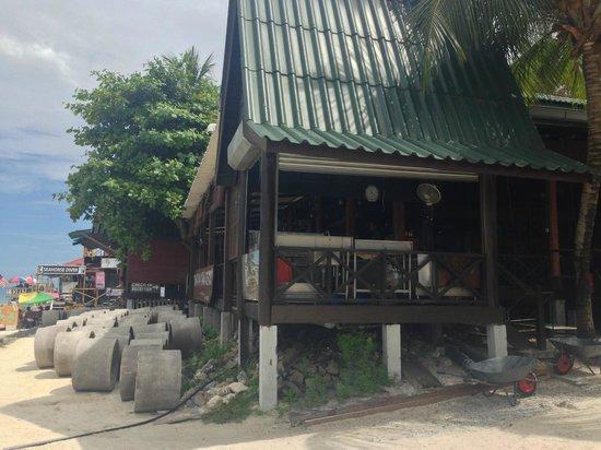 Perhentian Tuna Bay Island Resort: Restaurant