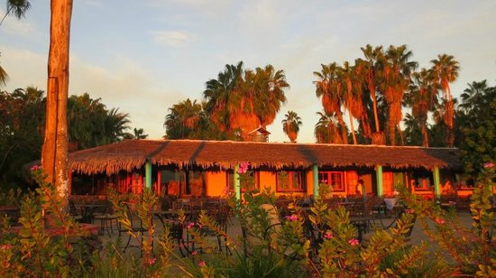 Hotel Oasis: Dining Building