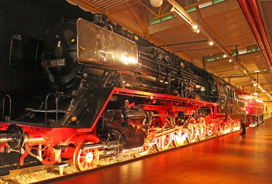 DB Museum: 2-10-0 steam locomotive 50 622