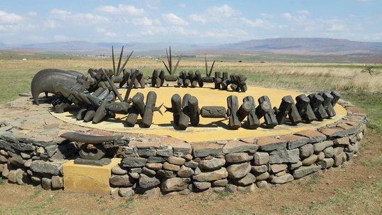 Isandlwana Battlefield: Zulu Memorial to the fallen