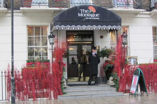 The Montague on The Gardens: The Front Door of the Hotel