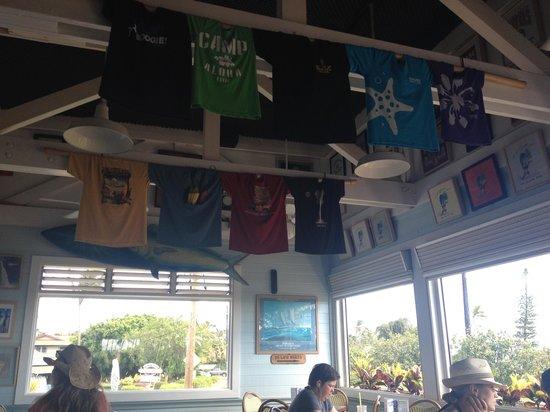 Brennecke's Beach Broiler: shirts