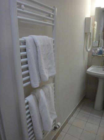 Hotel Victoria Chatelet : Calefação no Banheiro
