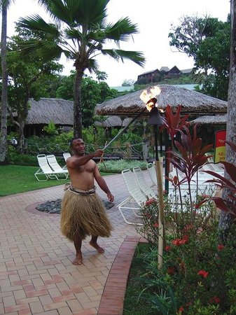 Outrigger Fiji Beach Resort: Torch lighting ceremony