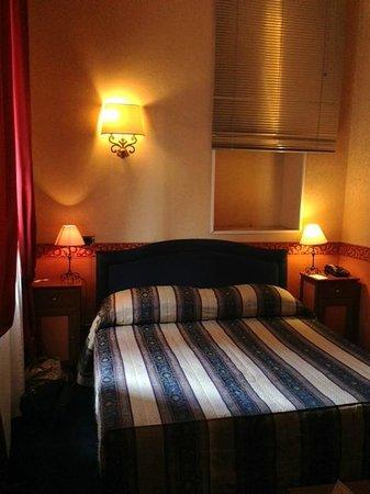 Antico Palazzo Rospigliosi : Bedroom