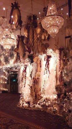 Salvatore's Italian Gardens: It's beginning to look a lot like Christmas