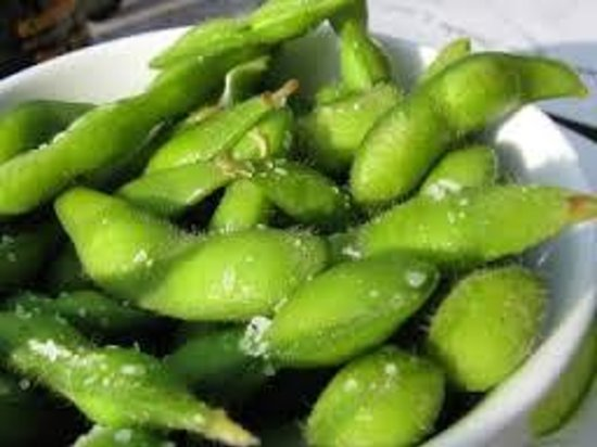 Aqua Reef Euro-Asian Cuisine: Who can resist snacking on Edamame?