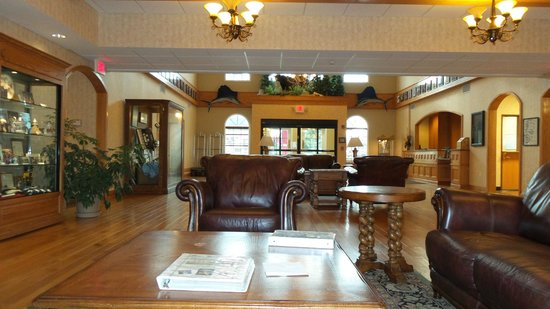 The Marv Herzog Hotel: Inside the Foyer