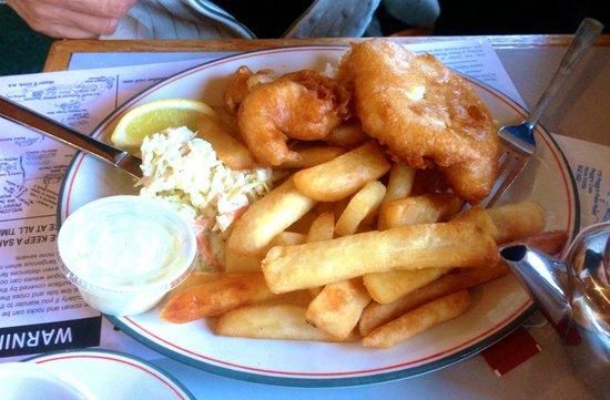 Sou-Wester Gift & Restaurant : Fish & Chips