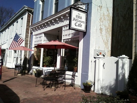 The Odd Fellows Cafe: Street View