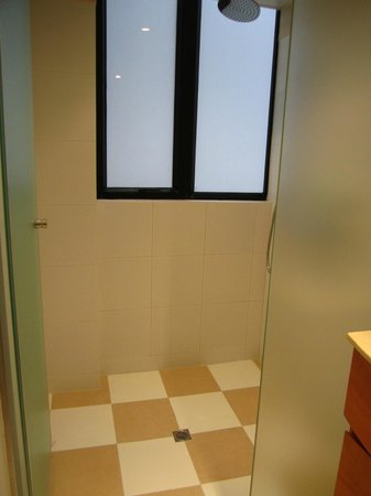 CHI Residences 314: Bathroom with rain shower