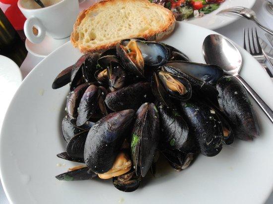 Olio & Pane: Mussels