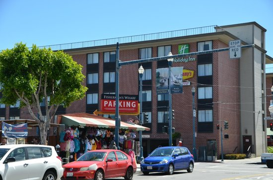 Holiday Inn San Francisco Fishermans Wharf: Wharf side frontage of the hotel