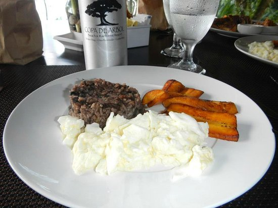 Copa de Arbol Beach and Rainforest Resort: My personalized special request breakfast- egg whites, brown rice, & plantains