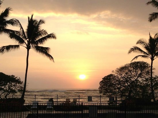 WorldMark at Kapaa Shores: Sunrise from first floor unit