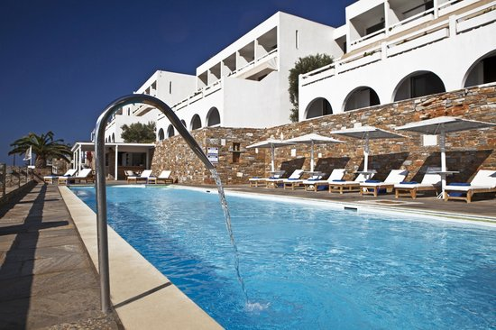 Hotel Perrakis Pool area
