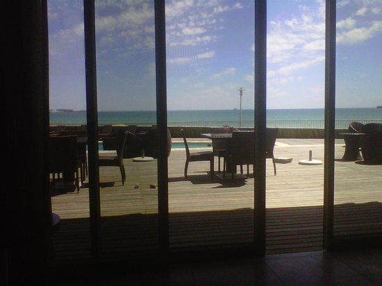 Lagoon Beach Hotel & Spa : Lagoon Beach dining room view