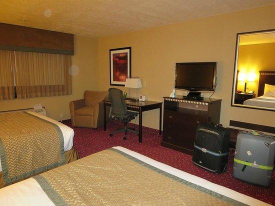 BEST WESTERN Plus Canyonlands Inn : bedroom