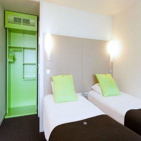Campanile Angers Ouest - Beaucouzé : Twin Room