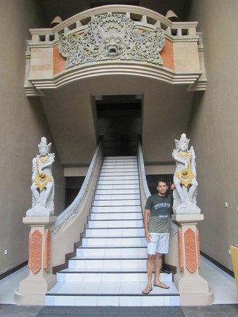 Rama Candidasa Resort & Spa: Entrance to the rooms