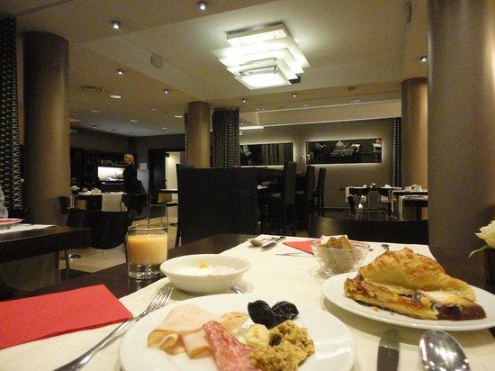 First Hotel Malpensa: 朝食