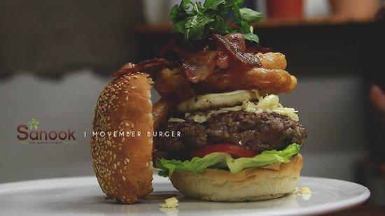 Sanook Cafe: The Movember burger