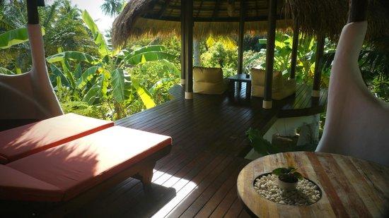 Koh Tao Cabana: Terrasse de la chambre White Sand Sala