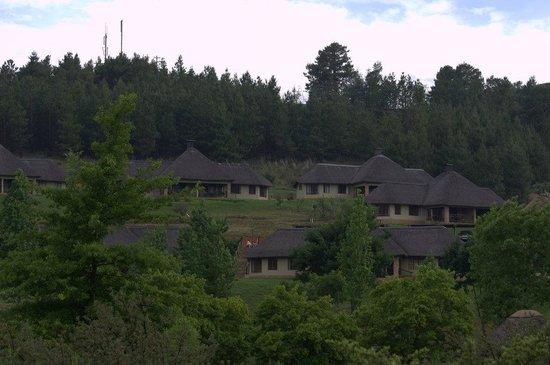 Gooderson Drakensberg Gardens Golf & Spa Resort: Außenansicht