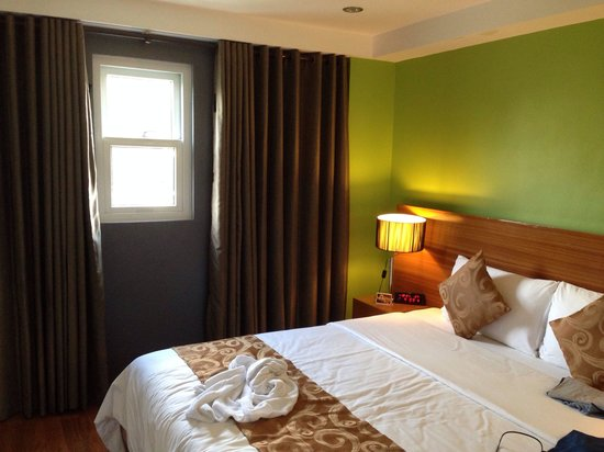 Guijo Suites Makati: Premier suite main bedroom