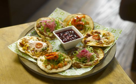 Chiquito Resturant Bar & Mexican Grill: Tostada Platter