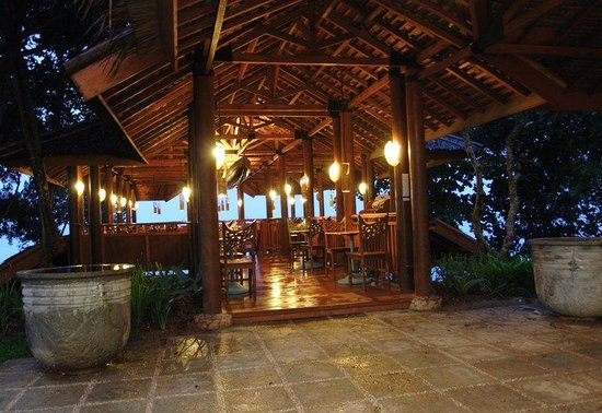Hawaii Resort Family Suites: Ululanis Restaurant