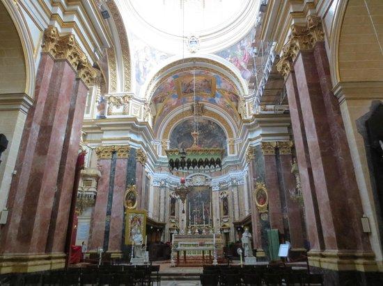 Museo de la Catedral de San Pablo: Inside of the cathedral