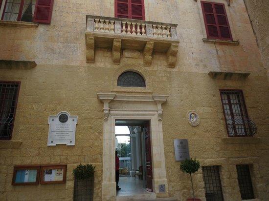 Museo de la Catedral de San Pablo: Entrance of the museum