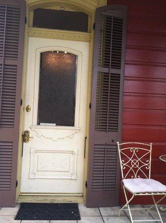 Maison de Macarty: A welcoming front door