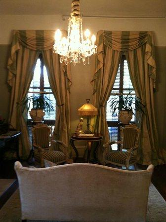 Maison de Macarty: The elegant sitting room