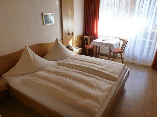 Altstadthotel Zum Hechten: Bett
