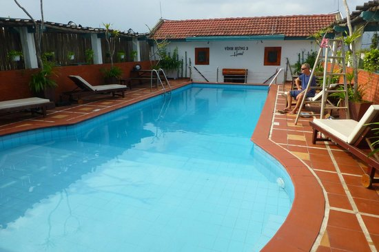 Vinh Hung Library Hotel: Rooftop swimming pool