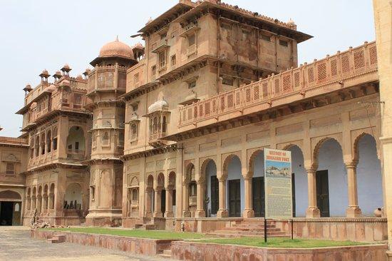 The Laxmi Niwas Palace: alrededores