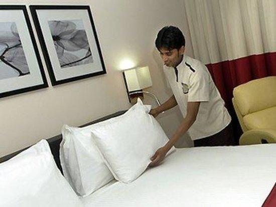 Novotel Suites Riyadh Olaya: Guest Room